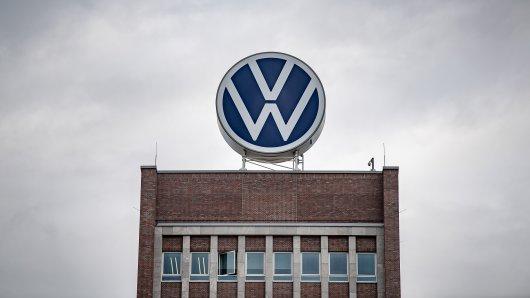 VW setzt auf eine neue Strategie. (Symbolbild)