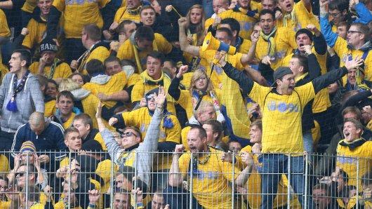 Eintracht Braunschweig: Die Mannschaft spielt am Sonntag in München und hofft auf eine große Unterstützung durch seine Auswärtsfans. (Symbolbild)