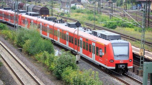 Hannover: Am Bahnhof in Ahlten hat es eine brutale Attacke auf einen 17-Jährigen gegeben.