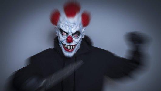 In München sorgte ein Mann mit Clownsmaske am Freitag für Aufregung. (Symbolfoto)