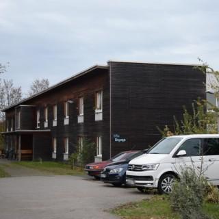 In diesem Wohnheim am Pippelweg in Braunschweig ist ein Mann getötet worden.
