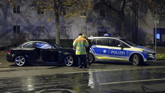 München: Der BMW-Fahrer flüchtete noch vor der Polizei, bevor er im Westpark festgenommen werden konnte.
