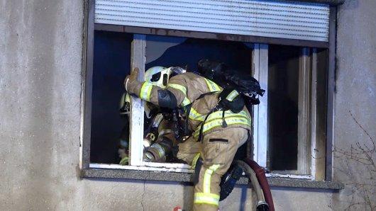 Bei den Löscharbeiten im Harz stießen die Rettungskräfte auf eine Leiche.
