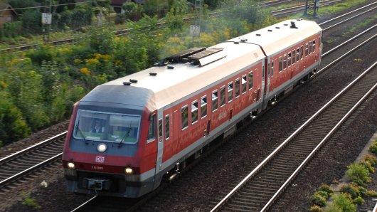 Niedersachsen will Dieselzüge nach und nach aufs Abstellgleis schicken. (Archivbild)