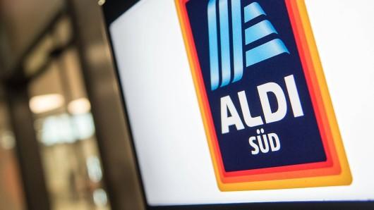 Auch bei Aldi Süd kaufen die Kunden massenhaft Klopapier.