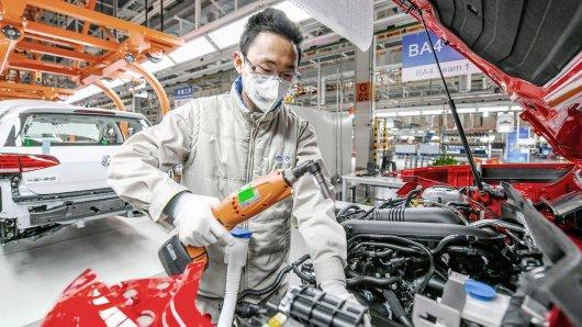 Die Volkswagen Group China meldet in der Corona-Krise deutliche Zeichen für eine Erholung des Geschäfts.