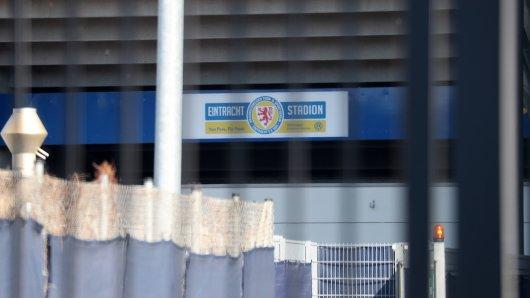 Eintracht Braunschweig bereitet sich auf einen möglichen Restart vor.