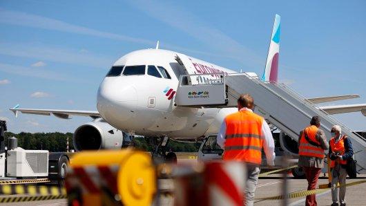 Flughafen: Die unterschiedlichen Hygienekonzepte in Flughäfen und Flugzeugen lassen die Reisenden ausrasten. (Symbolbild)