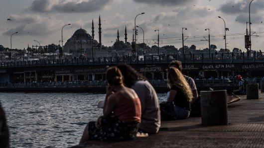 Urlaub in der Türkei: Mit dieser Aktion will ein Reiseveranstalter trotz Reisewarnung wieder den Tourismus in der Türkei ankurbeln.