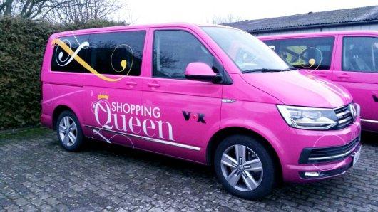 """Der """"Shopping Queen""""-Bus bringt die Kandidatinnen überall hin. Er wird von Fans gerne für Selfies genutzt. Jetzt wurde er in Braunschweig gesehen. (Archivbild)"""