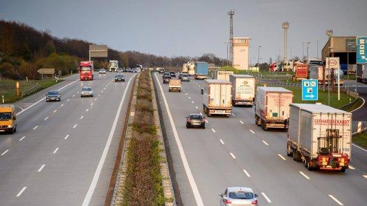 Für zweimal 72 Stunden wird eine Abfahrt auf der A2 in Niedersachsen gesperrt. (Symbolfoto)