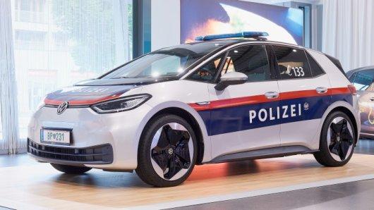 VW: Ab Sommer 2021 sollen bei der österreichen Polizei E-Autos von Volkswagen eingesetzt werden.