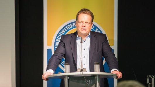 Christoph Bratmann wird im Rahmen der Jahreshauptversammlung für das Amt des Präsidenten bei Eintracht Braunschweig kandidieren. (Archivbild)