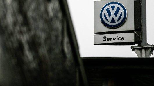 VW ruft Tausende Neuwagen zurück. Vier Modelle sind betroffen. (Symbolbild)