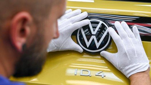 Wie kommt VW durchs Jahr 2021? Schwer zu sagen, es gibt zu viele Unwägbarkeiten. Aber bereits im Januar wird es spannend: Dann kommt der ID.4 auf den Markt. (Archivbild, aufgenommen vor der Corona-Pandemie)