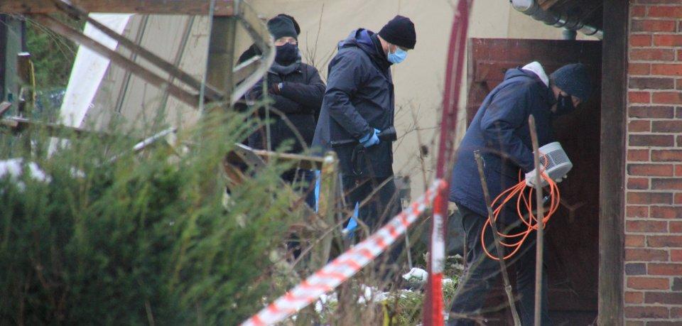 Die Ermittler rekonstruieren den Tatablauf in der Gartenlaube in Seesen im Harz. Hier wurde Anfang des Jahres ein toter Mann gefunden.