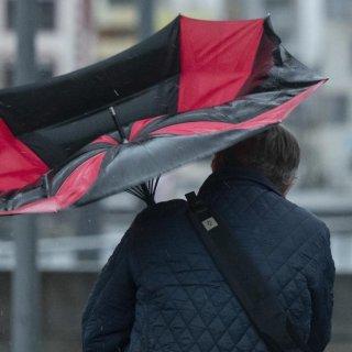 In Niedersachsen treten bis Freitag immer wieder Sturmböen auf. (Symbolbild)