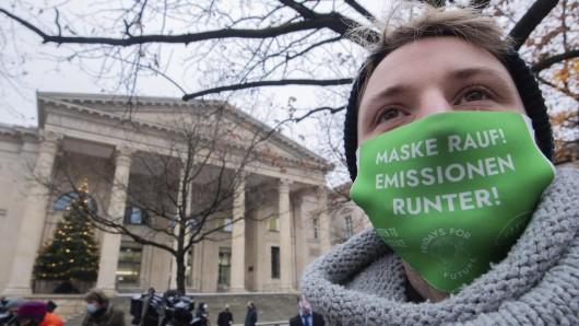 Fridays for Future geht auch in Pandemie-Zeiten auf die Straße, um sich für den Klimaschutz stark zu machen. (Archivbild)