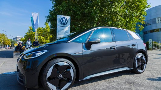 Der neue VW ID.3 im Test von Hamburg nach München - in Braunschweig gab es die erste Ernüchterung.
