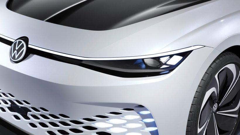 VW-plant-den-E-Passat-in-diesem-Modell-steckt-Apfel-mit-drin-