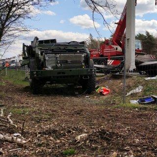Hier an der A2 bei Lehnin endete am Montag das Leben zweier junger Bundeswehrsoldaten.
