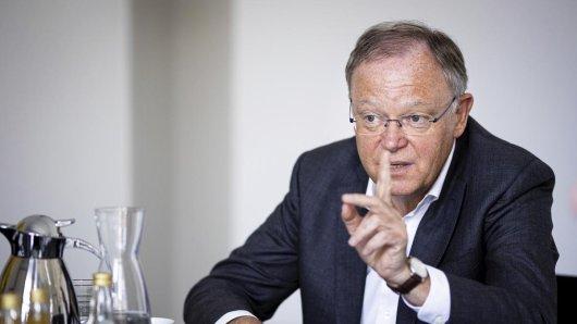 """Stephan Weil (SPD): """"Normalität, wenn sehr große Mehrheit geimpft."""""""