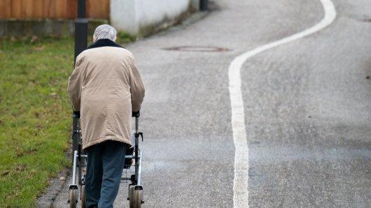 Überfall in Wolfsburg auf eine Seniorin mit Rollator! (Symbolbild)