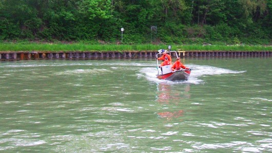 Einsatz für die Feuerwehr auf dem Mittellandkanal.