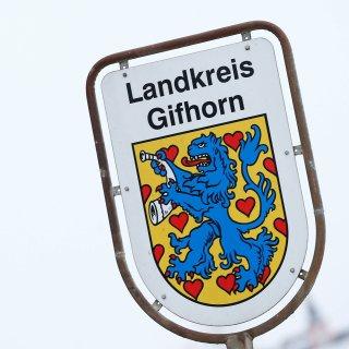 Der Landkreis Gifhorn zieht die Corona-Notbremse und nimmt Lockerungen zurück! (Symbolbild)