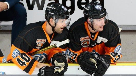 Daniel Sparre (links) und Spencer Machacek.