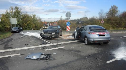 Unfall auf einer Kreuzung in Stapelburg.