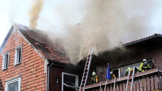 Ein Mehrfamilienhaus in Oker in Goslar stand in Flammen. Acht Menschen stehen nun vor dem Nichts.