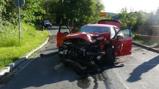 Bei diesem Unfall im Harz ist ein Motorradfahrer ums Leben gekommen.