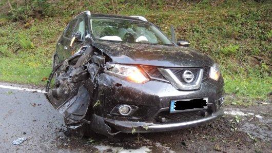 Im Harz hat ein Mann einen Unfall gebaut. Er war betrunken – und hatte seine Kinder mit an Bord...