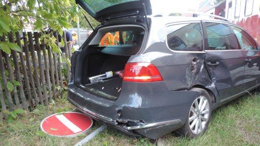 Dramatischer Unfall im Harz: Das Auto hat einen kommenden Zug übersehen!