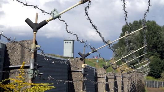 Blick auf das Grenzdenkmal in Hötensleben an der früheren innerdeutschen Grenze. (Archivbild)