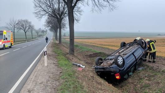 Um 06:57 Uhr wurde die Ortsfeuerwehr Helmstedt zu einem Verkehrsunfall auf die B1 in Richtung Süpplingen gerufen.