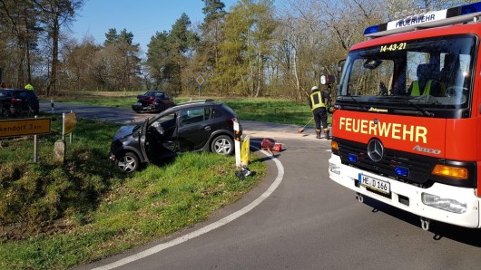Bei einem Unfall in Bahrdorf, einer Gemeinde der Samtgemeinde Velpke, sind sechs Personen verletzt worden.