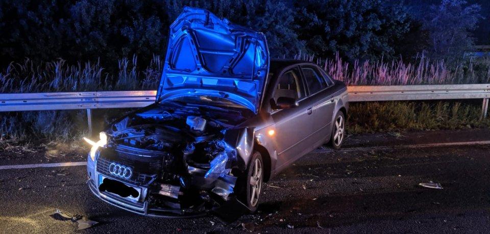 Bei einem schweren Unfall auf der A2 sind mehrere Personen leichtverletzt worden.