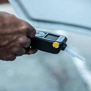 In Schöningen hat die Polizei einen betrunkenen Autofahrer erwischt. An Bord waren auch eine Frau sowie vier Kinder. (Symbolbild)