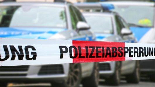 Die Nachricht hat Anfang der Woche Magdeburg erschüttert: Eine Frau wurde tot aufgefunden, erstochen. Jetzt kommt raus, dass sie Lehrerin im Kreis Helmstedt war. (Symbolbild)