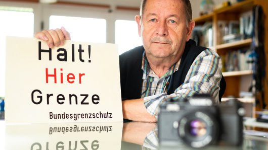 Grenzfotograf Jürgen Ritter aus Niedersachsen hat sich um 30. Jahrestag der Wiedervereinigung etwas einfallen lassen...