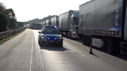 Schon wieder hat es auf der A2 bei Helmstedt einen Unfall gegeben. Zum Glück endete der aber diesmal glimpflich...