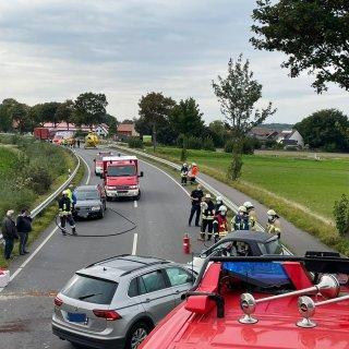 Bei dem Unfall auf der B1 bei Königslutter wurden zwei Menschen verletzt.