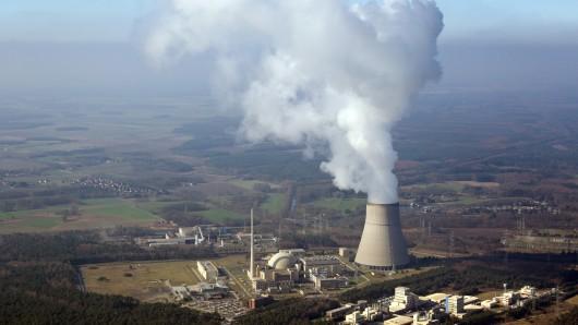 Luftbild vom Kernkraftwerk Emsland (KKE), aufgenommen am 29. März 2011 in Lingen (Landkreis Emsland).