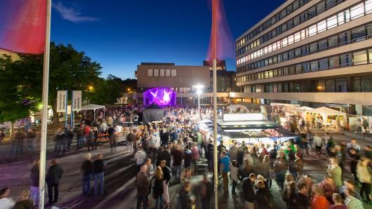 Blick über die TU-Night auf dem Universitätsplatz. (Archivbild)