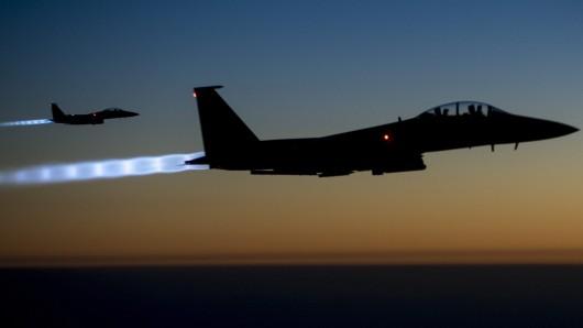 Amerikanische Kampfflieger auf einem Einsatz gegen die Terrormiliz IS.