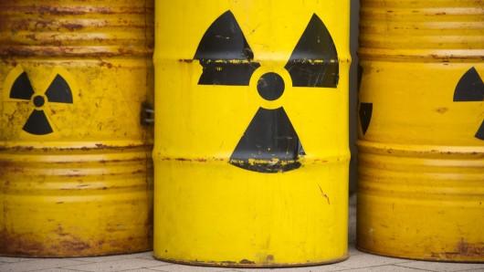 Tausende Atommüllfässer sollen für den Schacht Konrad in Salzgitter verpackt werden (Symbolbild)