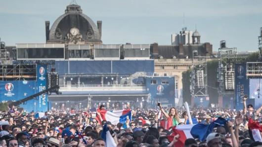 Am Rande der Pariser Fanzone kam es zu Randalen.
