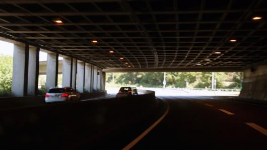 Der Heidbergtunnel: Am Mittwoch müssen sich Autofahrer in Richtung Wolfsburg auf einige Behinderungen einrichten.